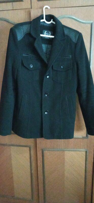 Prodajem muski kaput vel S(do 80kg)