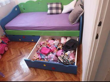 Moze - Srbija: Prodajem deciji krevet, puno drvo, moze da se rasklopi sa dusekom, od
