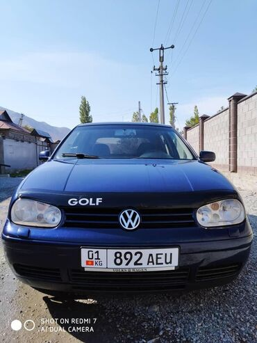 Volkswagen Golf 2.3 л. 2000