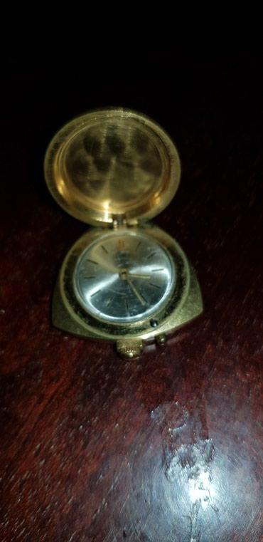 Золотистые Женские Наручные часы Zarya
