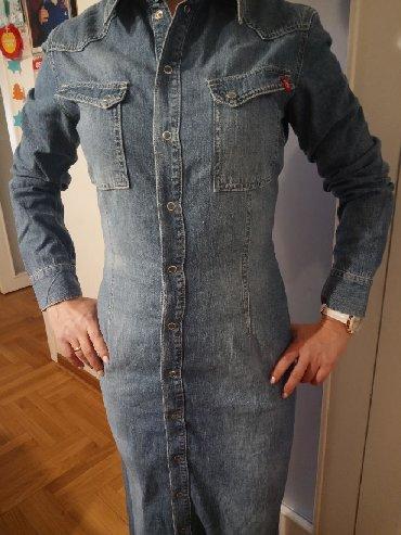 Esprit-manti - Srbija: Esprit,prelepa,moderna haljina od teksasa,dugana kopčanje.Moze se