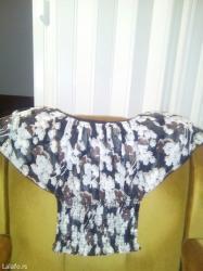 Bluza je kao nova. Nošena je samo jednom. Veličina - univerzalna - Obrenovac