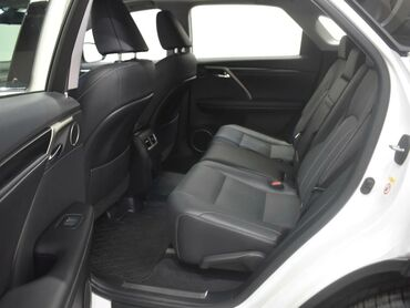 Lexus RX 3.5 л. 2019 | 21354 км