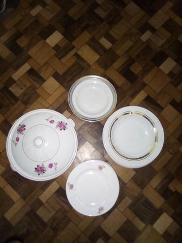 Кухонные принадлежности в Кок-Ой: Тарелка порционная в колличестве -6шт.Тарелка полупорционнаяв