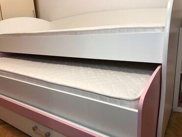 Nameštaj - Beograd: Dupli krevet JELA + dva SIMPO dušeka. u odličnom stanju, malo