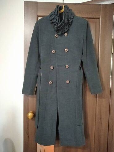 плащ акацуки бишкек in Кыргызстан   ПЛАЩИ: Плащ турецкий почти новый размер 48  Пальто чисто натуральный кашемир
