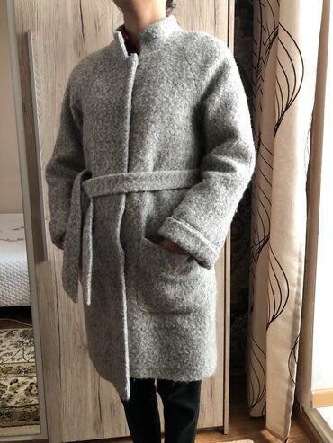 Пальто в отличном состоянии. Турция, размер 36. Строго писать и звонит