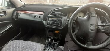 Honda Accord 2 л. 2001   207977 км