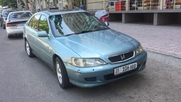 Honda Accord 2 л. 2001 | 167000 км