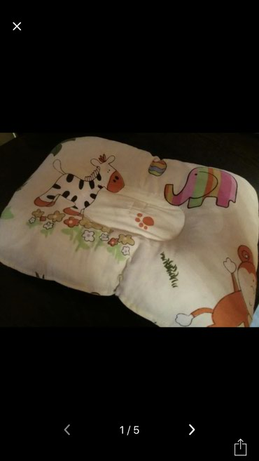 Детская подушка в хорошем состоянии, брали в Дубае в Бишкек