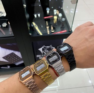 Серебристые Унисекс Наручные часы Casio