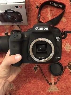 Canon EOS 7D Mark II Digital SLR Kamera (Yalnız Body) в Bakı