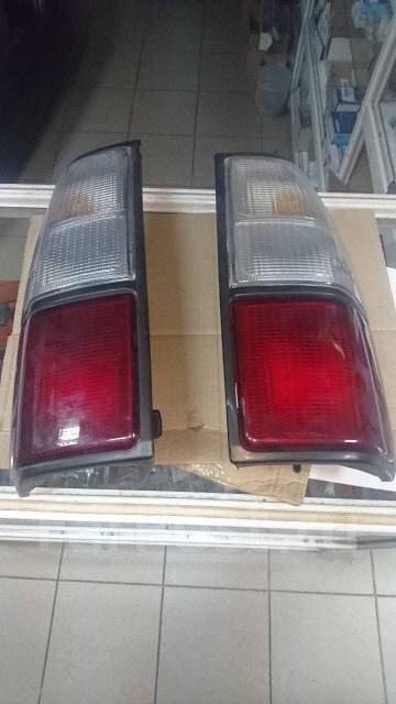 Продаю задние плафоны на тойету прадо в Бишкек