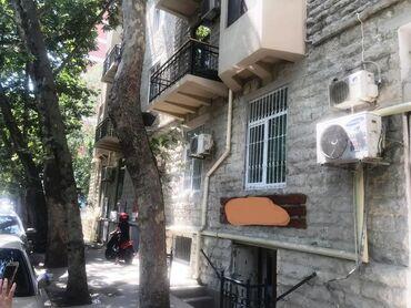 Ofislərin satışı - Azərbaycan: SATILIR: 28 May metro stansiyası yaxınlığında ümumi sahəsi 100 k