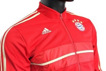 2012-13 Bayern Munich Adidas Anthem Jacket (Red) Цена:6800-20%=5440 в Бишкек