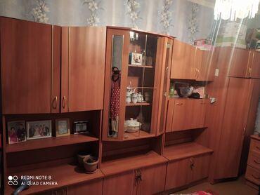 ламинаторы esperanza для дома в Кыргызстан: Срочно срочно продается стенка с комотом #шкаф#комот#зеркала#стенка