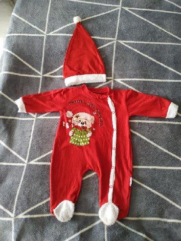 детская одежда качественная в Кыргызстан: Продам детский Слипик Дед морозика . Шапочка +Слипик