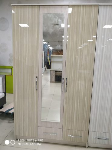 шкаф-3 в Кыргызстан: Шкаф 3 дверные акрил 120*210*50 новинка мы находимся в Беш-сары 0 этаж