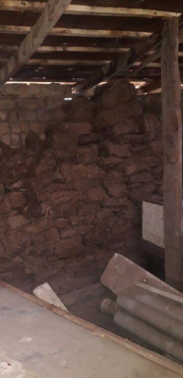 Уголь и дрова - Кара-Балта: Продаю тезек, сухой готовый для топки, биотопливо,будет полный