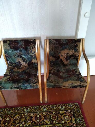 Кресла в Кара-Балта: Продаю кресла СССР все как на фото таких три штуки есть ещё один штук
