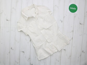 Женская рубашка с коротким рукавом       Длина: 55 см Плечи: 34 см Поя