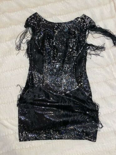 Din haljina - Srbija: Haljina, 38 velicina, nosena jednom, bez ostecenja kao nova. Cena 2500