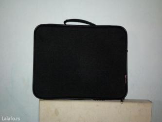 Torba za laptop. Kao nova, dimenzije 31x39 cm - Beograd