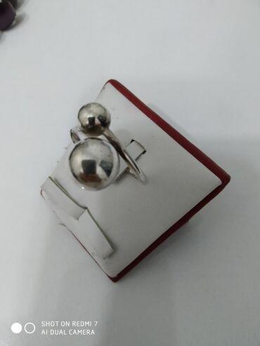 Кольца серебро 925 пробы 925 пробы, каждая по 500 сом