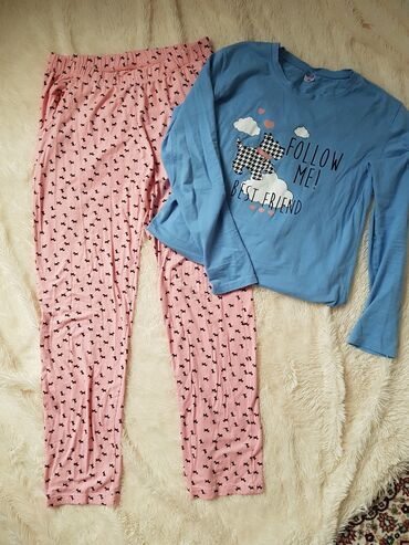pijama - Azərbaycan: Pijama ve ya ev geymi kimi isidfade olna biler ucuzElave melumat ucun