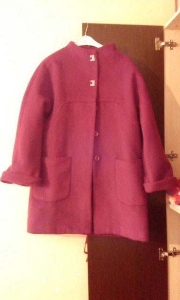 Xırdalan şəhərində Palto 46 olcude 120 manata alinib cemi 3 defe geyiniyib original maldi