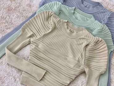 Bluza (1400 din.)