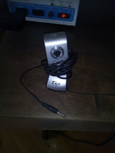 hero 3 камера в Азербайджан: Продается камера для компьютера с динамиком. Можно видеть друг друга и