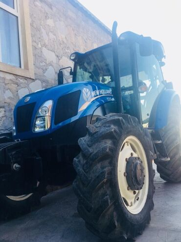 1 elan | NƏQLIYYAT: Traktor New Holland TD5 100. 2015 ci 2700 saat islenib teze kimidi cox