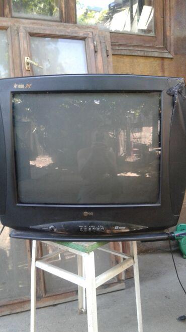 телевизор lg чёрный в Кыргызстан: Продаю телевизор LG без пульта. (51 диагональ.)