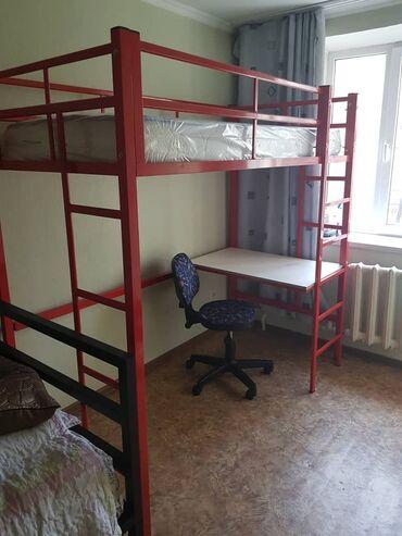 двухъярусные кровати бу в Кыргызстан: Продается двухярусная детская кровать (верхний ярус кровать, нижний