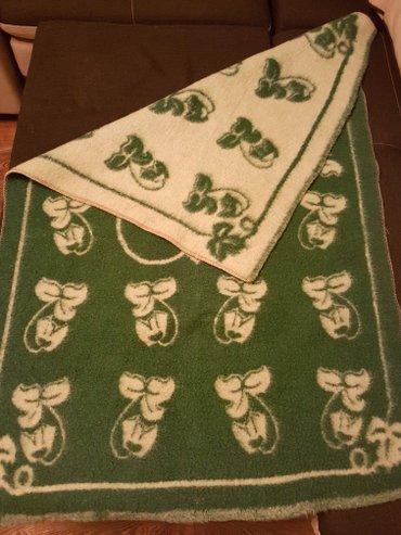 Шерстяное одеялко размер 137см на 91см в Лебединовка