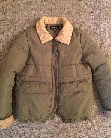 одежда для беременных в Кыргызстан: Продаю. Куртка (женская) короткие, тёплые. Б/у