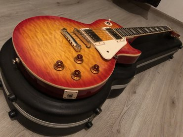 Bakı şəhərində Epiphone les paul ultra cherry sunburst  /with road runner hardcase ne