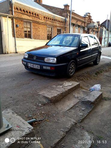 Volkswagen Golf 2 l. 1992 | 200000 km
