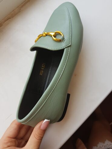 Женская обувь в Бишкек: Шикарные лоферы, классного качества, производства Турция!Покупали за