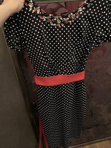 Женская одежда в Чаек: Продаю платье в горох. Состояние нового. Турция. 1500 с