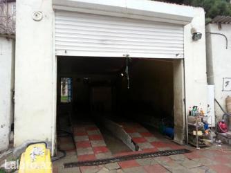 Bakı şəhərində Mircelal kucesinde 30 kv moyka satilir her bir avadanligi var,yol