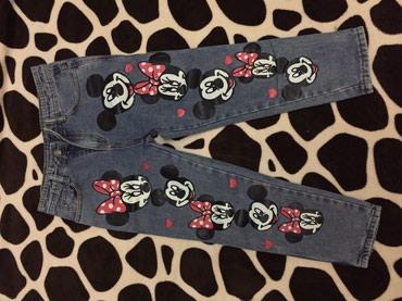 Продаю джинсы 200 сом каждые. в Бишкек