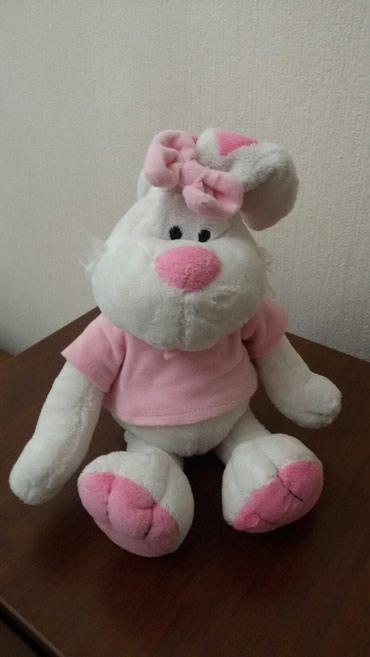 Продаю мягкую игрушку...зайца. в отл. состоянии в Бишкек