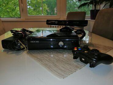 Prodajem xbox 360 ima svu opremu 1.djoistik i sve pratece igriceHard