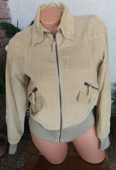 Plisana zenska jakna, S