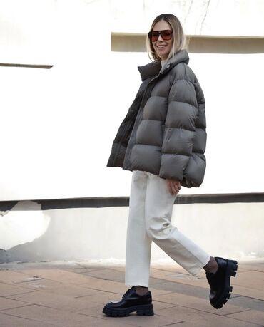 куртки uniqlo в Кыргызстан: Uniqlo, Юникло, оригинал все размеры и цвета. 7500 с, жилетки от 2500