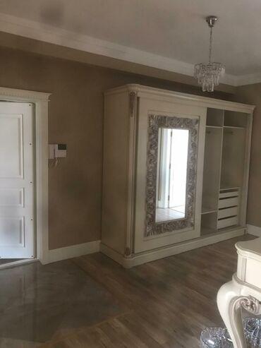 ev alqi satqi kiraye - Azərbaycan: Mənzil satılır: 3 otaqlı, 135 kv. m