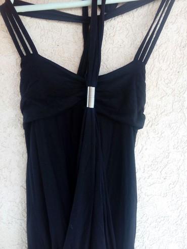 Kratka crna haljina bez ikakvih oštećenja ima elastina - Krusevac - slika 2