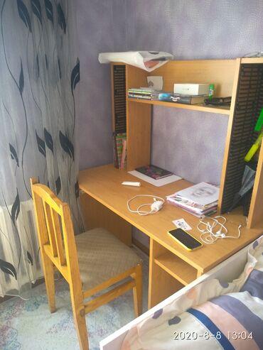 Гарнитуры - Балыкчы: В связи с отъездом срочно продаю мебели.2 кровати односпальные